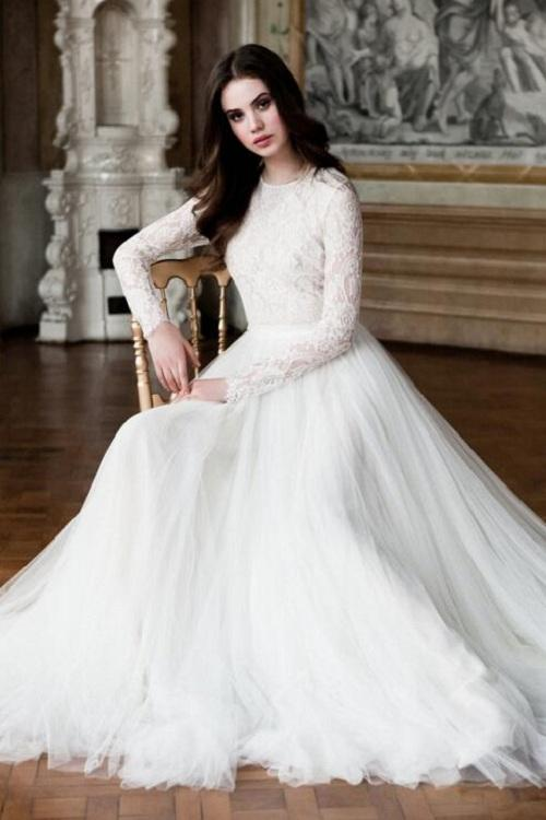 Elegant Long Sleeved BoHo Lace White Tulle Wedding Dress