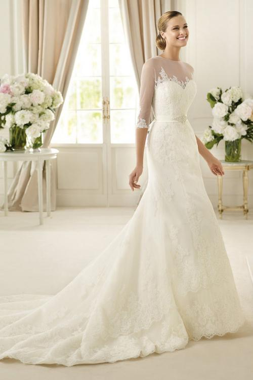3/4 Sleeved Illusion Neck Lace Patterns overlay Tulle Wedding Dress