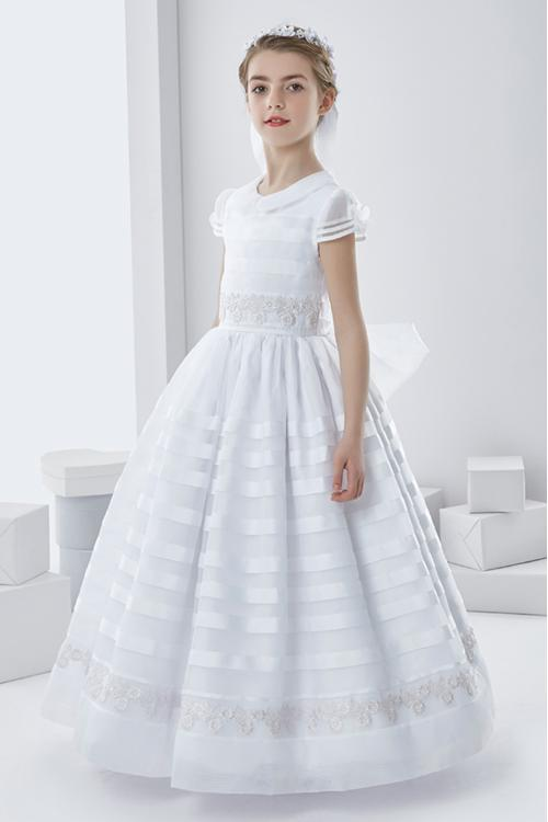 Vintage Ball Gown Lace Appliques Long White Organza Communion Dress with Dramatic Bow