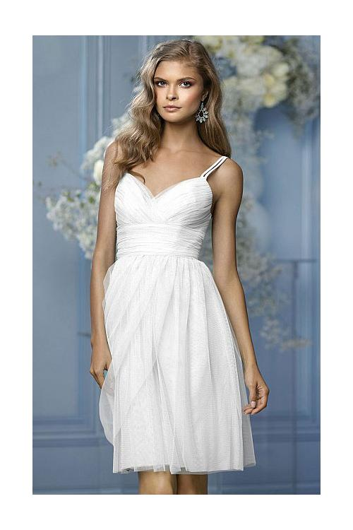 Strapless Sleeveless Tulle Natural A-line Bridesmaid Dresses
