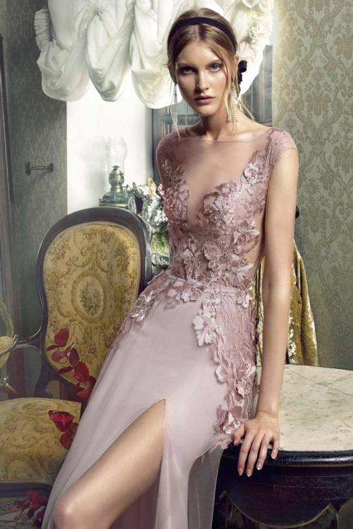 A-line Bateau Neckline Cap Sleeves Appliques Lace Split Floor-length Long Tulle Prom Dress