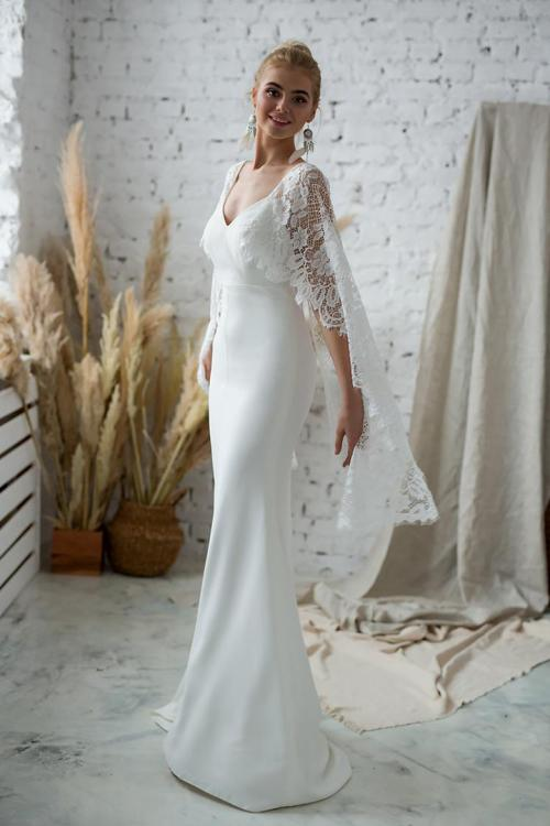 Queen Anne Neck Lace Shoulders Split Sweep Train Long Satin Reception Wedding Dresses