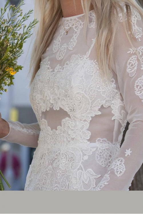 Chic Modern Split Long Lace overlay Mesh Wedding Dress with Long Sleeves