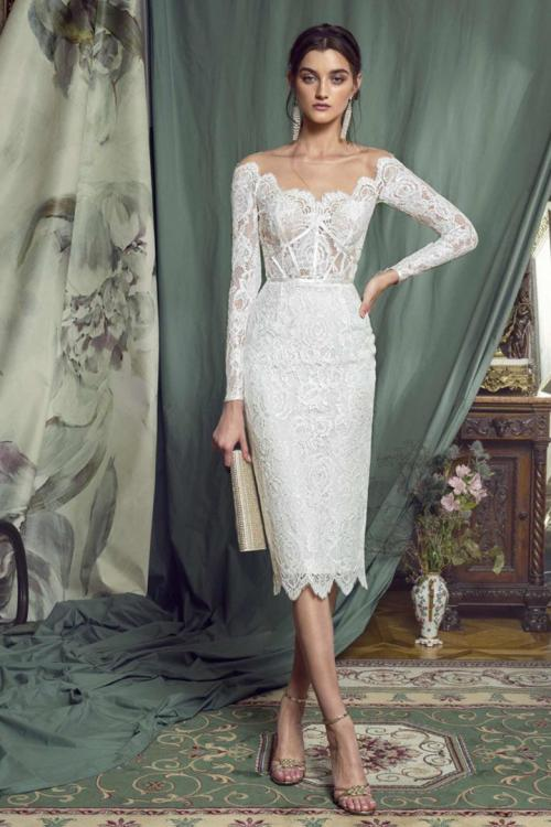 Sheath/Column Bateau Neckline Long Sleeves Lace Knee-length Short Evening Dresses