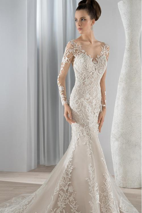 Gorgeous Lace Patterns overlay Tulle Mermaid Wedding Dress with Long Lace Appliqued Sheer Sleeves