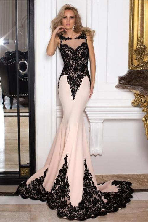 Elegant Jewel neckline Lace Appliques Mermaid Long Satin Prom Dress