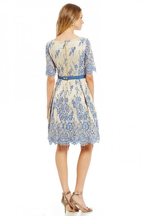 A-line Jewel Neck Short Sleeves Knee-length Lace Mother of the Bride Dress