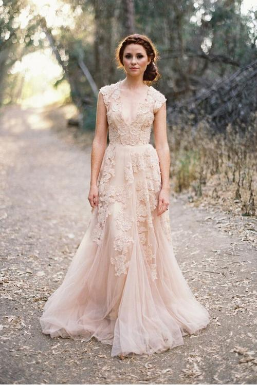 Floral Lace Trimmed Long A-line Tulle Full Back Wedding Dress with Exquisite Lace