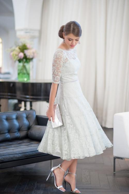 Elegant Half Sleeve Lace A-line Tea Length Cocktail Dress with Beading