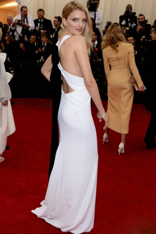 Lily Donaldson Met Gala Long Sleeveless Jewel Neck White Jersey Prom Dress