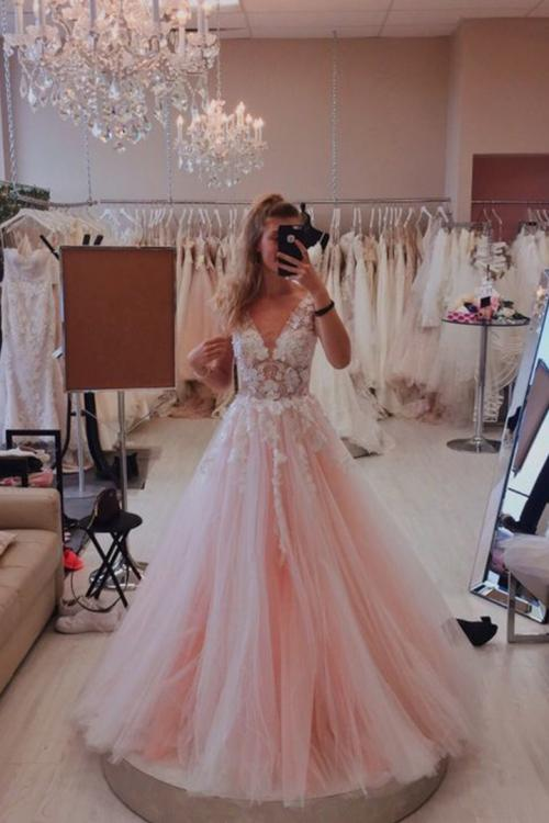 Charming A-line Deep V-neck Sleeveless Lace Appliques Floor length Long Tulle Prom Dress