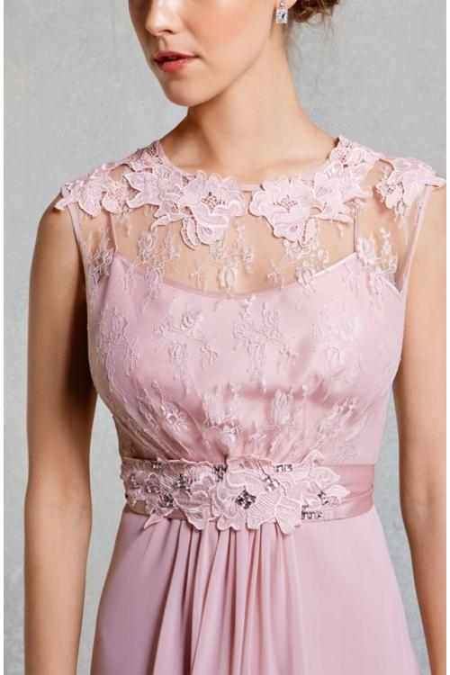 Vintage Jewel Neck Lace Appliqued Knee Length Chifffon Bridesmaid Dress