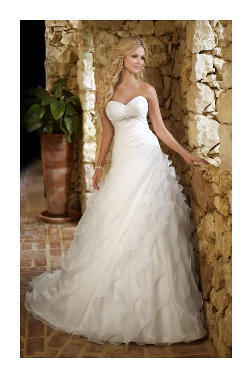 Charming A-line Sweetheart Beading&Sequins Cascading Ruffles Ruching Sweep/Brush Train Organza Wedding Dresses