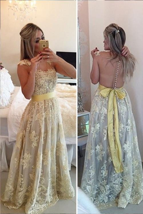 V-neck Lace Pearl Decoration Floor-length Long Tulle Prom Dress with Buttons Back