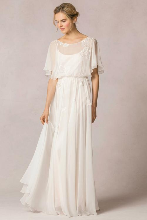 Casual Flutter Sleeved Lace Decorated Silk Chiffon Vintage Wedding Dress