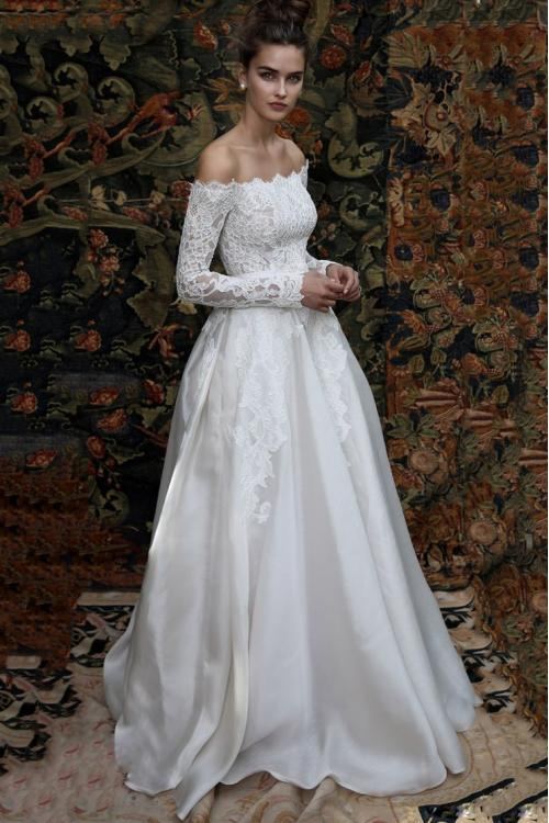 Boho Off Shoulder Lace Ball Gown Satin Wedding Dress