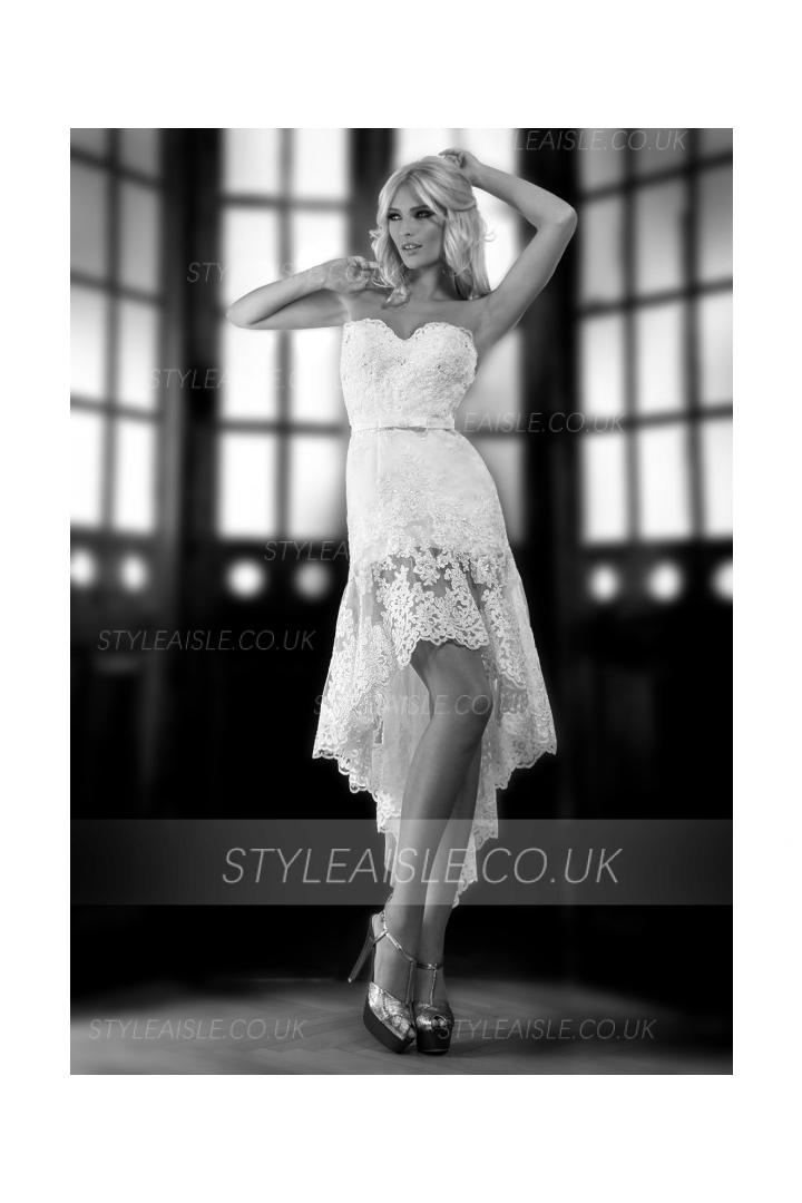 Charming Sheath/Column Sweetheart Beading&Sequins Lace Short/Mini Lace Wedding Dresses