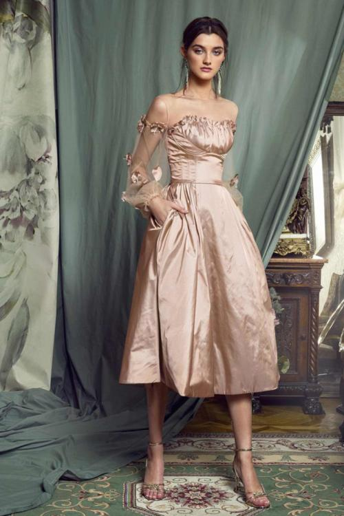 A-line Illusion Bateau Neckline Long Sleeves Pockets Hand Made Flowers Knee-length Short Taffeta Prom Dress