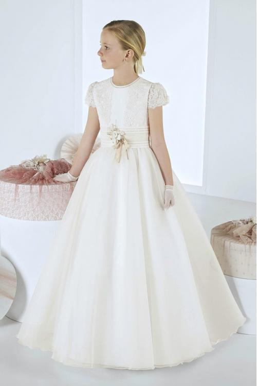 Beautiful Lace Cap Sleeves Long A-line First Communion Dress with Flower