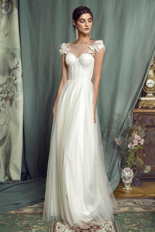A-line Bateau Neck Cap Sleeves Appliques Ruching Floor-length Long Tulle Prom Dress