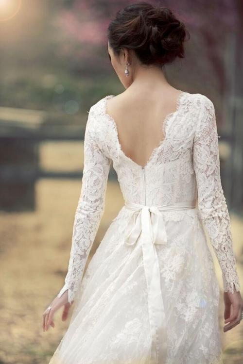 High Neck Lace Patterns Long Sleeved Ball Gown Lace Wedding Dress