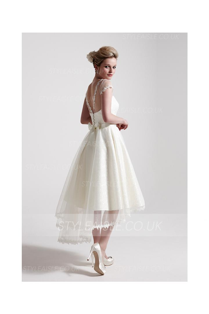 Bateau Neck Short Sleeved Tea Length Lace Wedding Dress with Short Sleeves