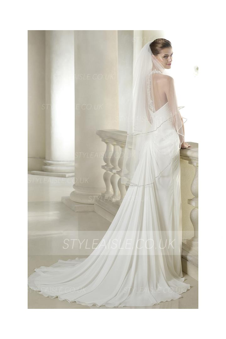 Sleeveless Halter Neck Crystal Detailling A-line Chiffon Bridal Dress with Flowers