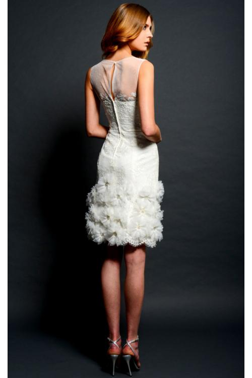 Beautiful Illusion Neck Sleeveless Sheath Flowers Decorated Lace Short Wedding Dress
