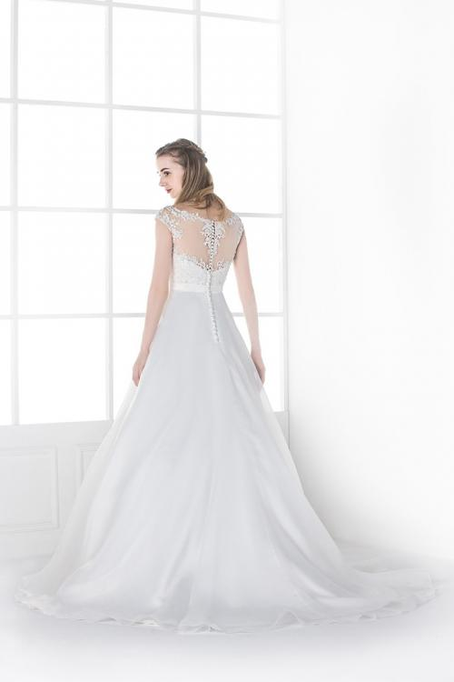 A-line V-neck Lace Long Organza Wedding Dresses