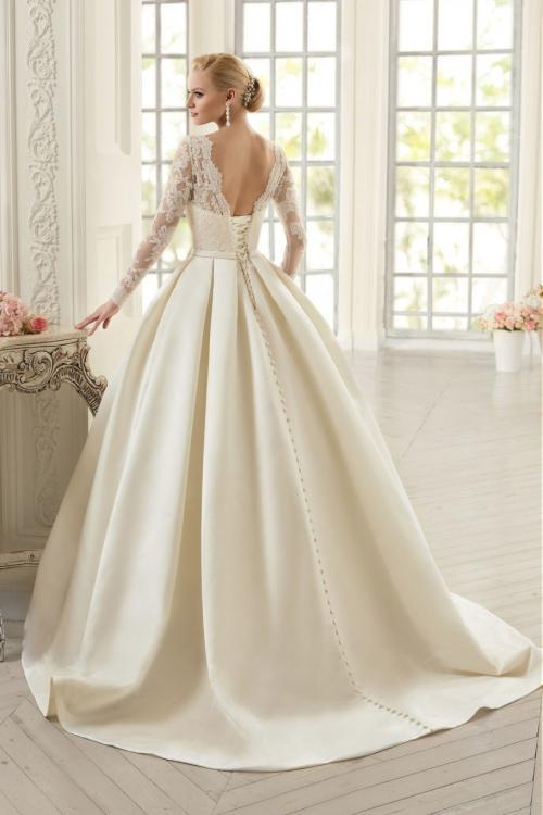 Classical Jewel Neck Lace Bodice A-line Organza Wedding Dress with Long Sleeves