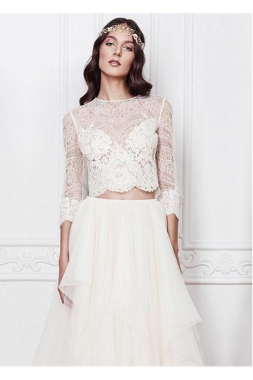 Chic Two Piece 3/4 Sleeved Lace A-line Tulle Wedding Dress