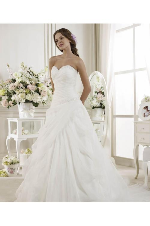 Simple A-line Sweetheart Beading&Sequins Sweep/Brush Train Organza Wedding Dresses