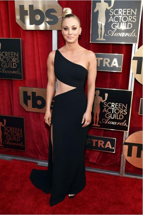 Kaley Cuoco at Screen Actors Guild Awards 2017 Asymmetrical One Shoulder Long Balck Chiffon Prom Dress