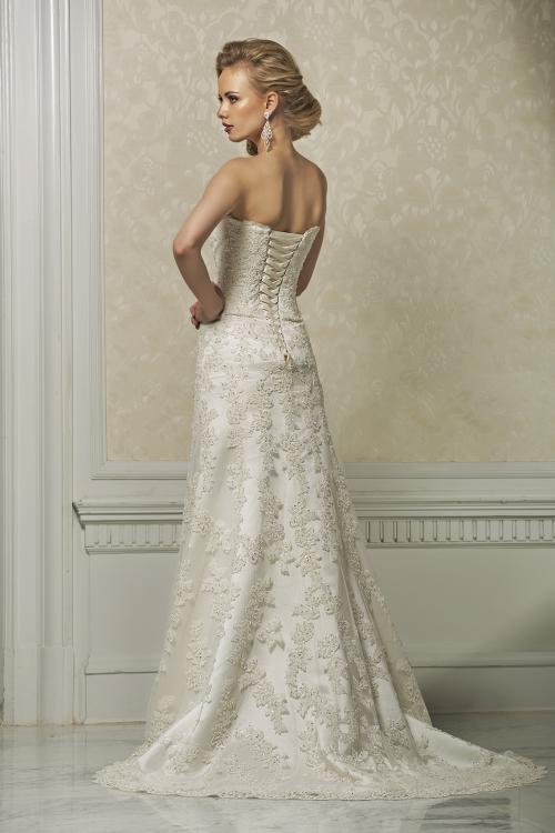 Exquisite A-line Strapless Beading&Sequins Lace Sweep/Brush Train Wedding Dresses