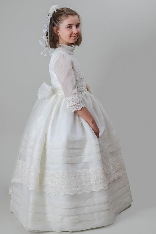 3/4 Sleeves Ball Gown Long Ivory Communion Dress Lace Trims with Bow