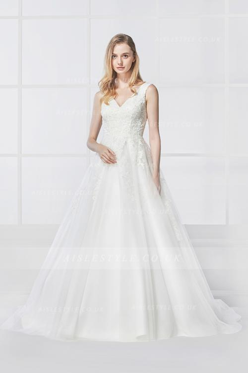 Vintage Lace Appliques Sleeveless A-line Long Tulle Wedding Dress 2018