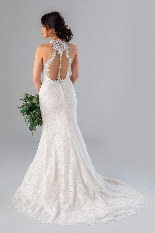 Mermaid Jewel Sleeveless Buttons Court Train Long Lace Wedding Dresses
