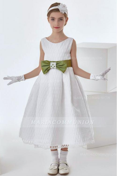 Simple A-line Sleeveless Bow(s) Sashes/Ribbons Tea-length Long Lace Communion Dresses
