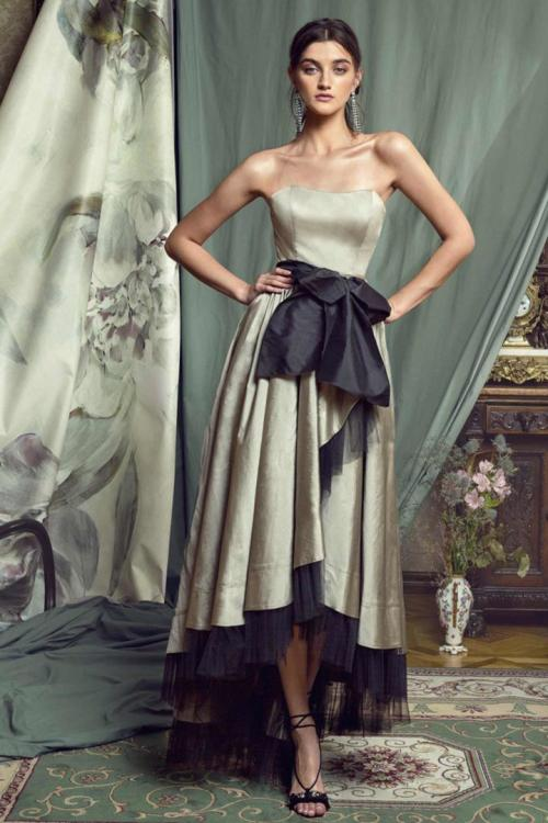 A-line Strapless Sleeveless Bow(s) Asymmetrical/High Low Long Taffeta Prom Dress