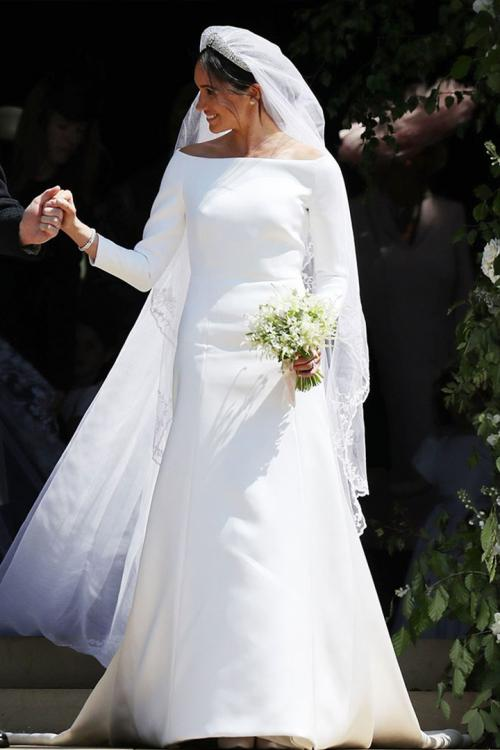 Elegant Ivory Bateau-Neckline Long Sleeve Cathedral Train Long Satin Meghan Wedding Dresses