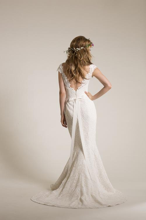 Exquisite Bateau Illusion Neck Lace Patterns Mermaid Wedding Dress