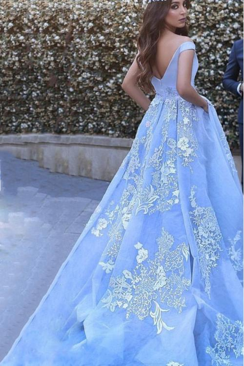 Off Shoulder Ball Gown Arabic Prom Dress Lace Appliques