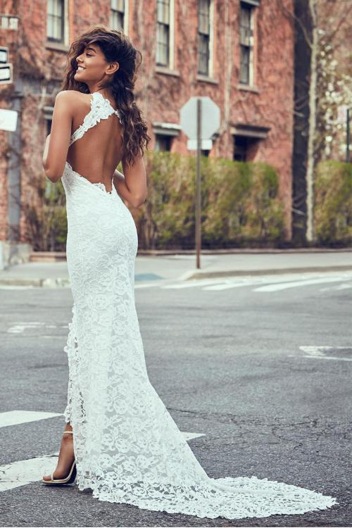 sexy open back bohemian ivory lace long wedding dress
