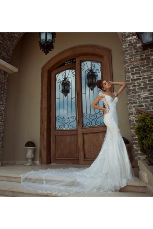 Sexy Lace Strap Slim Satin Bodice Lace Appliqued Tulle Sheath Wedding Dress