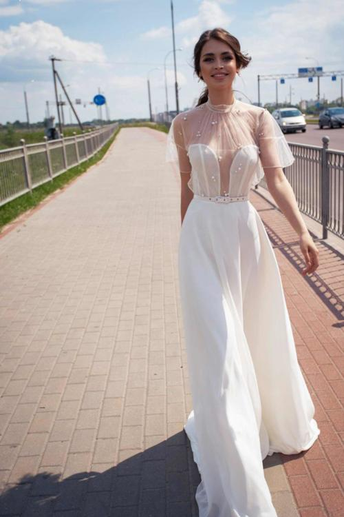 A-line High Neck Short Sleeves Pearl Detailing Sweep/Brush Train Long Chiffon Wedding Dresses with Sash