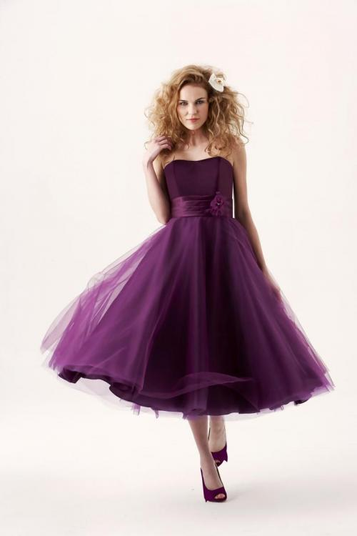 Tea-length Strapless Tulle Short Grape Bridesmaid Dress with Ribbon