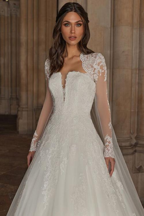 A-line Strapless Sleeveless Lace Appliques Long Tulle Wedding Dresses