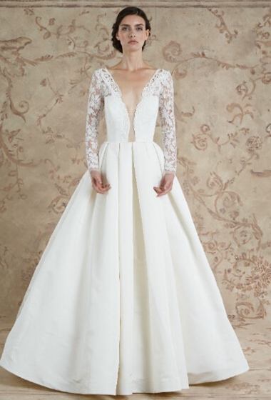 X Small Wedding Dresses : Perfect wedding dresses for small chested brides