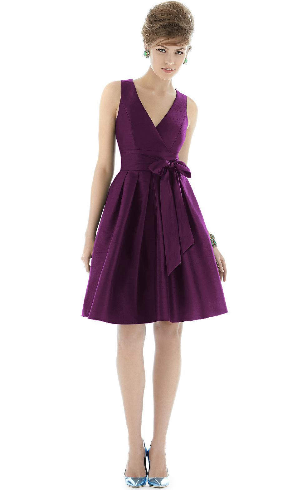 Natural Sleeveless V-neck A-line Zipper Bridesmaid Dresses_1