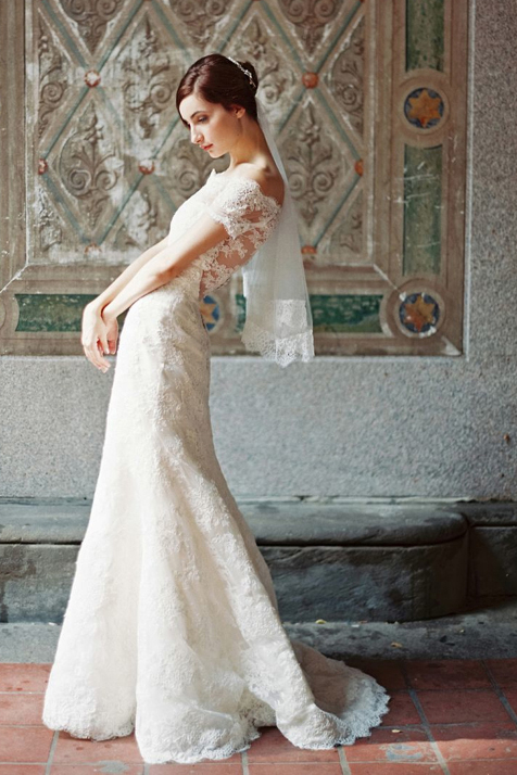 Chic Modern Lace Off Shoulder Wedding Dress